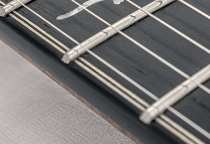 ROUNDED FRETBOARD EDGES